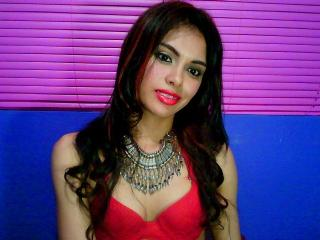 MissNatalyy - Sexy live show with sex cam on XloveCam®