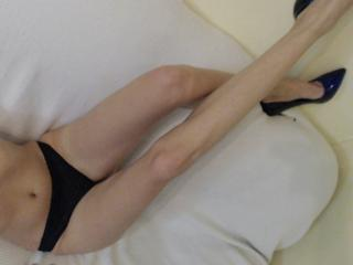 LaFrancaise - online show sex with this muscular physique Hot chick