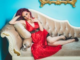 AylyneMillerX woman live chat