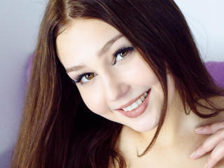 SophieW - Sexy live show with sex cam on XloveCam®
