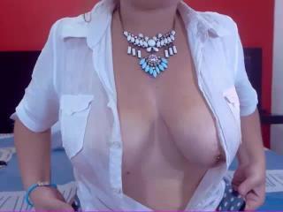 Sexy nude photo of SamaraLove
