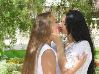NikaXRysa - online show x with this regular body Lesbo