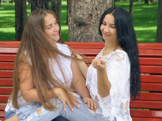 NikaXRysa - Chat live nude with this so-so figure Woman having sex with other woman