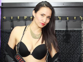 MagicRubi - Show sexy et webcam hard sex en direct sur XloveCam®