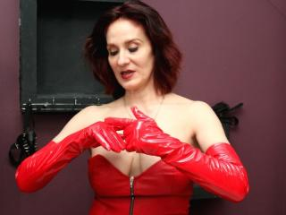 IntoKinkyFantasies - Sexy live show with sex cam on XloveCam®