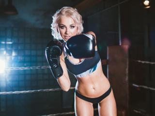 SunnyMargo - Sexy live show with sex cam on XloveCam®