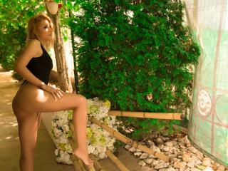 LovelyDianeX - chat online xXx with a muscular body Young lady