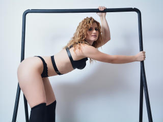 MayaMuse - Sexy live show with sex cam on XloveCam®