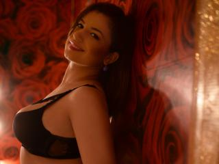 RoseKate - online show hot with this being from Europe Hot babe