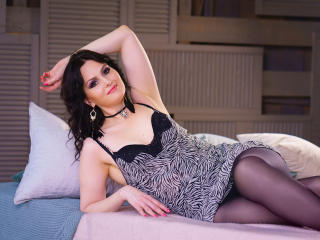 MalenaLusso - Sexy live show with sex cam on XloveCam®