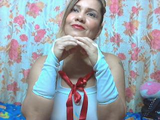KairaLove - Sexy live show with sex cam on XloveCam®