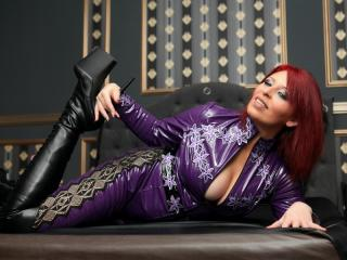 RedHeadLover - Chat sexy with a redhead Dominatrix