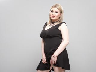 Sexy nude photo of MeganHottie