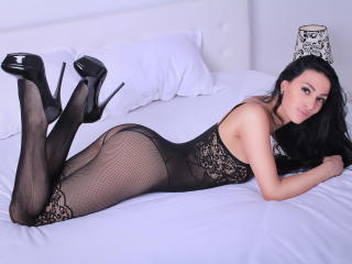 SweetLatinFantasy - Live xXx with this dark hair Sexy babes