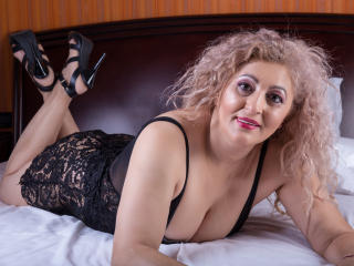 MatureEroticForYou - Live cam sexy with a large chested Lady over 35