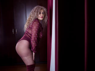 MatureEroticForYou - Live chat hot with this European MILF