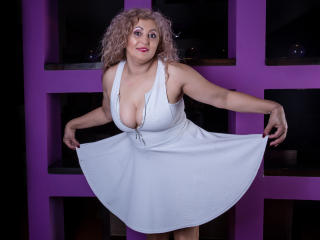 MatureEroticForYou - Cam x with this European Sexy mother