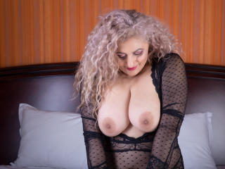 MatureEroticForYou - Video chat exciting with a White MILF