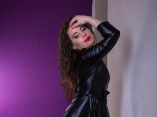 AlissaLust - Show sexy et webcam hard sex en direct sur XloveCam®