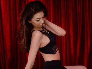 BabeZonda - Sexy live show with sex cam on XloveCam®