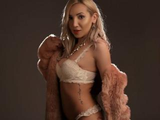 MelissaEvans - Show sexy et webcam hard sex en direct sur XloveCam®