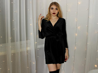 GangsterGirl - Sexy live show with sex cam on XloveCam®