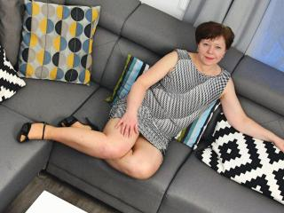 AdeleLoveEx - online show hard with this regular chest size MILF