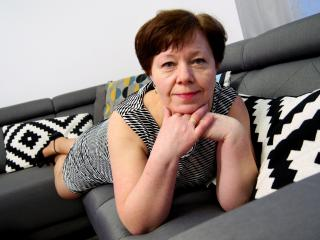 AdeleLoveEx - Webcam live exciting with this amber hair Lady over 35