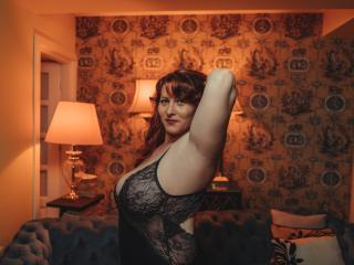 HairySonia - online show exciting with a red hair MILF