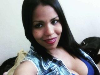 Maryliinn - online chat exciting with this charcoal hair MILF