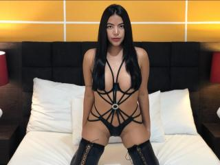 MeganErotic - online show exciting with this shaved genital area Sexy babes