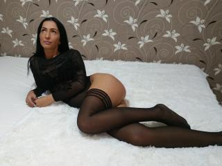 GoodloverXX - Live nude with a shaved genital area Sexy babe