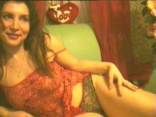 MagieBlanche - Cam hard with a shaved private part Attractive woman