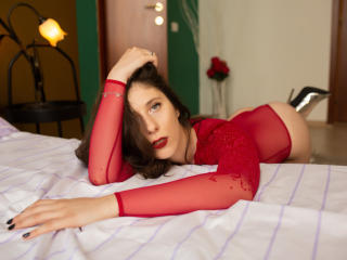 Picture of the sexy profile of IamDelilah, for a very hot webcam live show !