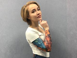 Foto van het sexy profiel van model KarenJoyful, voor een zeer geile live webcam show!