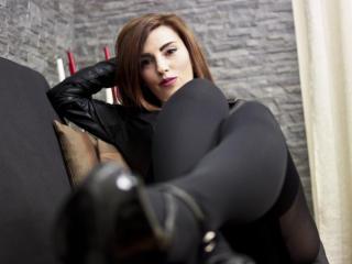 Photo de profil sexy du modèle MistressDavinaX, pour un live show webcam très hot !