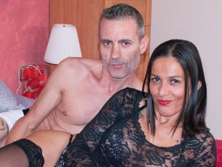Picture of the sexy profile of HotSweeetCouple, for a very hot webcam live show !