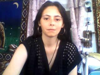 Photo de profil sexy du modèle NikkiPurpleoh, pour un live show webcam très hot !