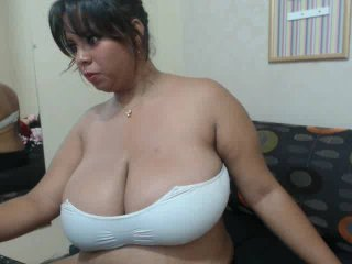 Picture of the sexy profile of KathyaBoobs, for a very hot webcam live show !