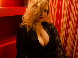 Photo de profil sexy du modèle ScorpioQueenV, pour un live show webcam très hot !