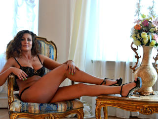 Sexet profilfoto af model JuliannaX, til meget hot live show webcam!