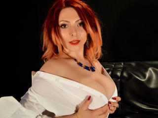 HeavenlyBeauty - Live xXx with a red hair Hot babe