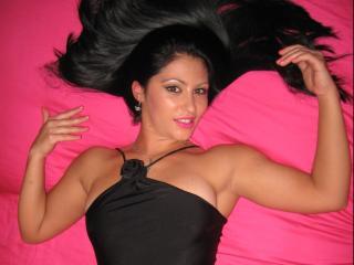 Sexy profilbilde av modellen  KarlaDesire, for et veldig hett live webcam-show!