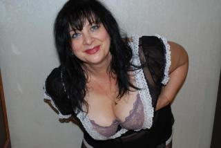 Picture of the sexy profile of FlexyMature, for a very hot webcam live show !