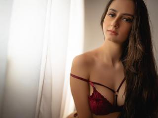 תמונת פרופיל סקסית של NicolleFioret למופע חי מאוד סקסי!