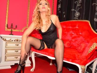 Foto van het sexy profiel van model OrgasmBabeX, voor een zeer geile live webcam show!