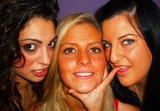 Picture of the sexy profile of ThreeHoties, for a very hot webcam live show !