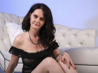 BrendaBelleForYou - Chat cam sexy with this standard body Sexy mother