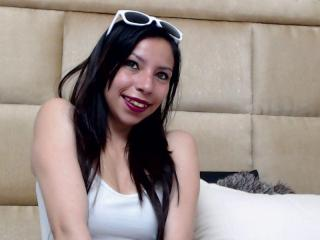 Photo de profil sexy du modèle HelenBanner, pour un live show webcam très hot !